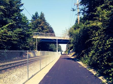 New bike trail along the MAX in Gresham
