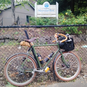 so-long-suckers-im-heading-to-maywood-park-a-city-totally-surrounded-by-portland-enclave-maywoodpark_26619301951_o