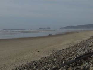 the-beach-at-cape-lookout-three-arch-rocks-in-the-distance_25794550124_o