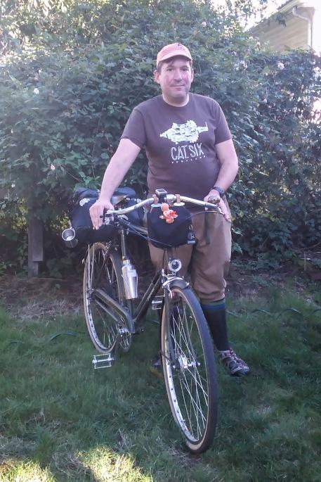 an-appropriate-shirt-for-a-three-speed-ride-also-a-coffeeneuring-ride-raleighsuperbe-raleighbicycles-tariksaleh-tariksalehbikeclub-coffeeneuring2016-catsixcycles-chasingmailboxes-target-salad_29638