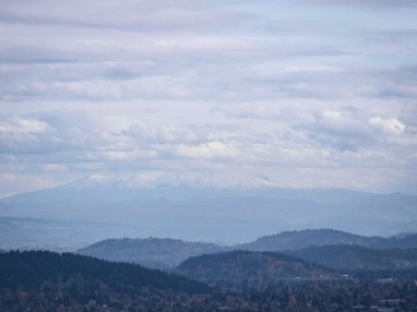 even-though-it-was-cloudy-with-occasional-showed-yesterday-the-mountain-did-make-a-semi-appearance-mount-hood-that-is-mthood_30474161122_o